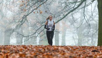 woman runner fall