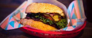 veggie burger in tray